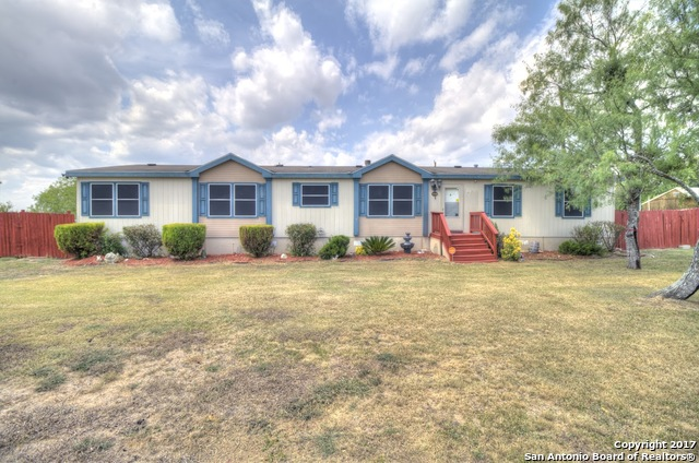920 COUNTY ROAD 3821, San Antonio, TX 78253