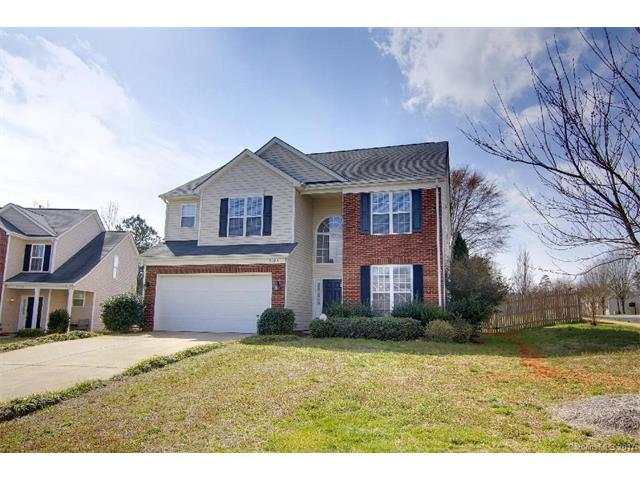 3904 Luthers Rock Court, Charlotte, NC 28270