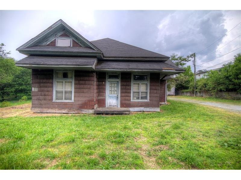 44 NW Winn Street, Acworth, GA 30101