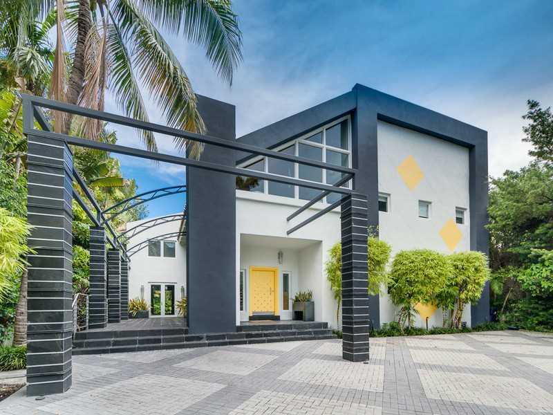 1833 W 24 ST, Miami Beach, FL 33140