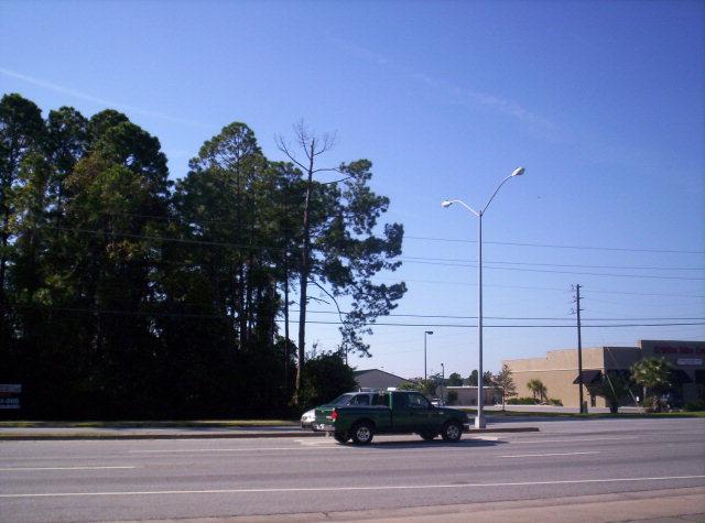 5599 Altama Avenue, Brunswick, GA 31520