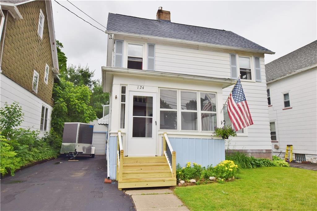 124 W Elm Street, East Rochester, NY 14445