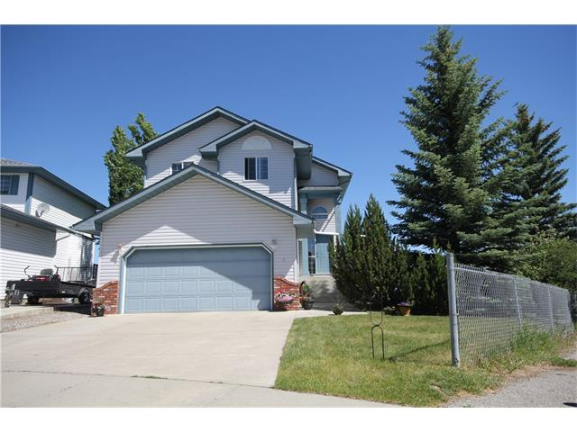 26 Sheep River Crescent, Okotoks, AB T1S 1N6