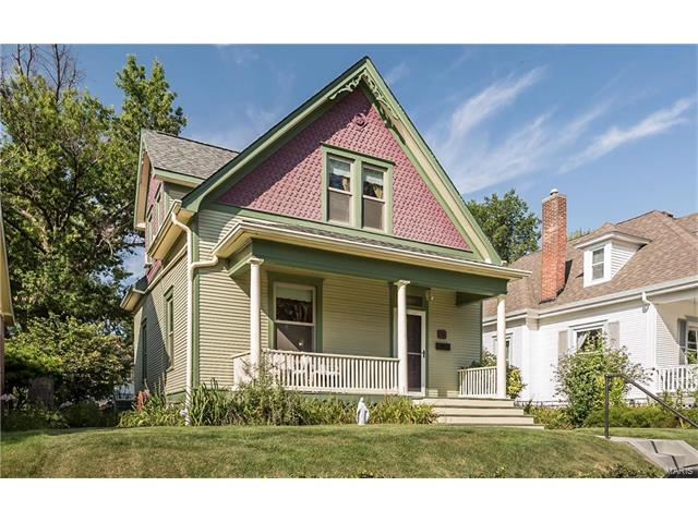 716 Washington Street, St Charles, MO 63301