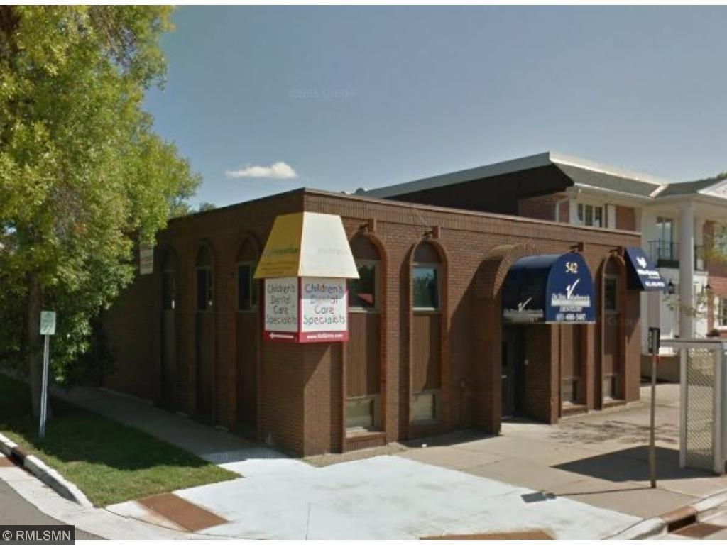 542 Snelling Avenue S, Saint Paul, MN 55116