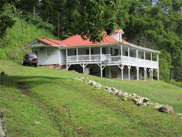 374 River View Drive, Bakersville, NC 28705