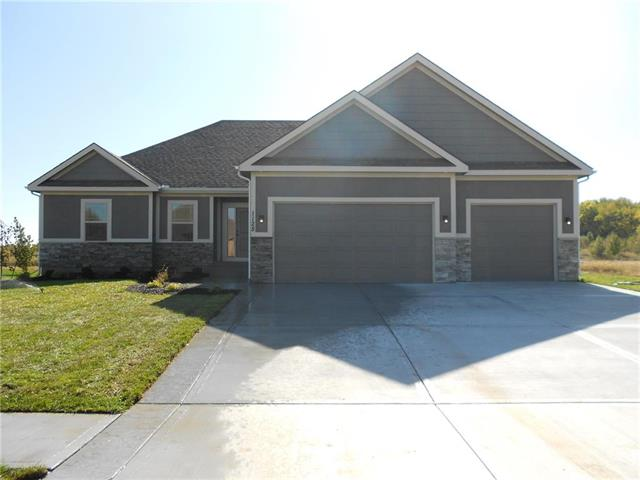 1128 SW Conch Way, Lee's Summit, MO 64064