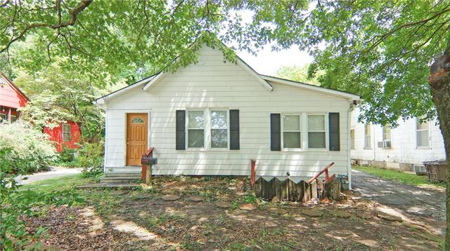 625 S FULLER Avenue, Independence, MO 64052