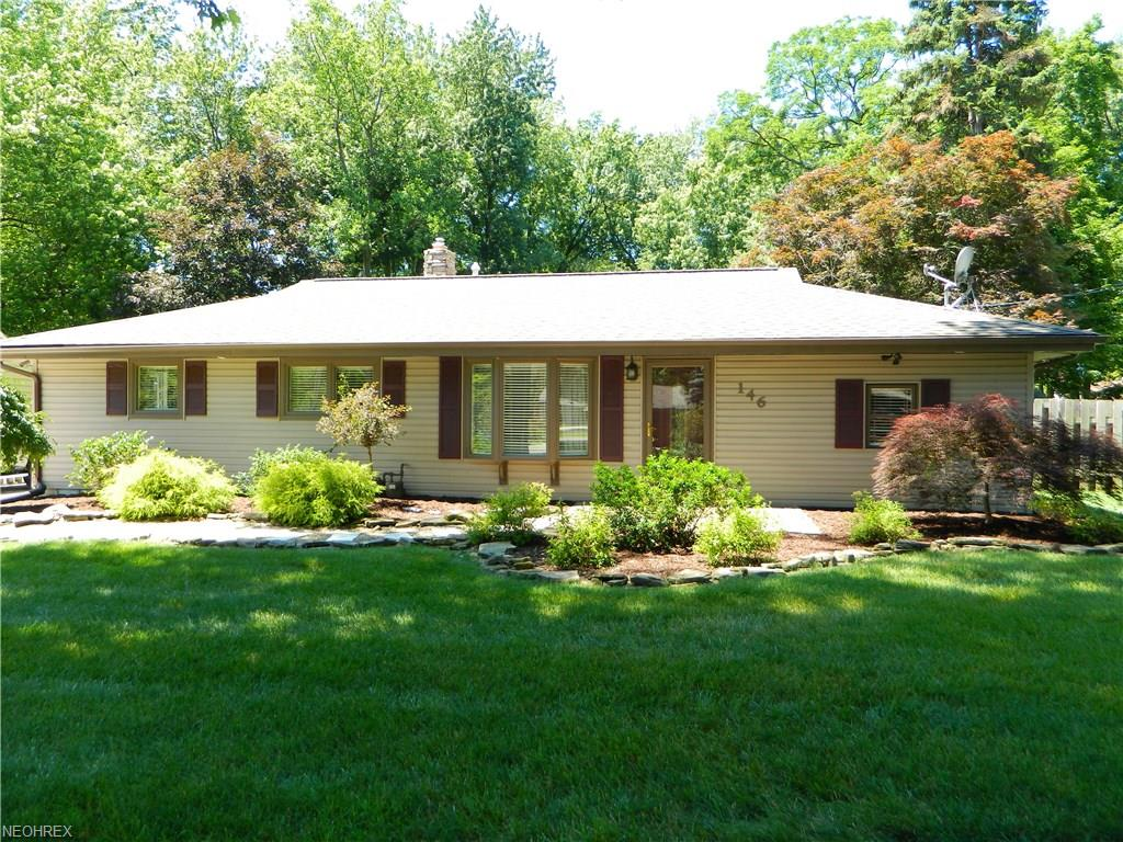 146 Deerfield Dr, Painesville, OH 44077