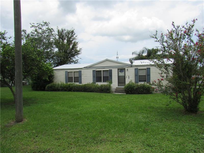 560 LAKESIDE BOULEVARD, KENANSVILLE, FL 34739