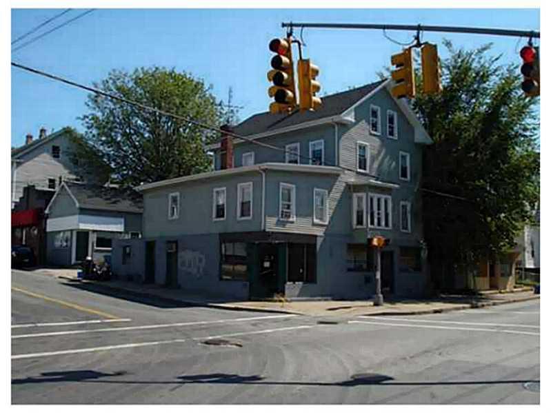 3 DEXTER ST, Cumberland, RI 02864
