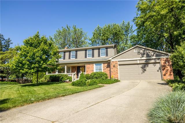 1366 GREENLEAF Drive, Rochester Hills, MI 48309