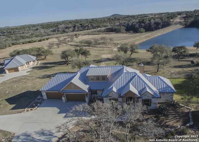 485 Bluff Ridge Trail, Blanco, TX 78606
