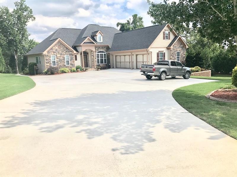 3487 Hickory Lake Drive, Gainesville, GA 30506