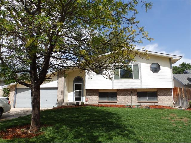 2065 Heatherdale Drive, Colorado Springs, CO 80915