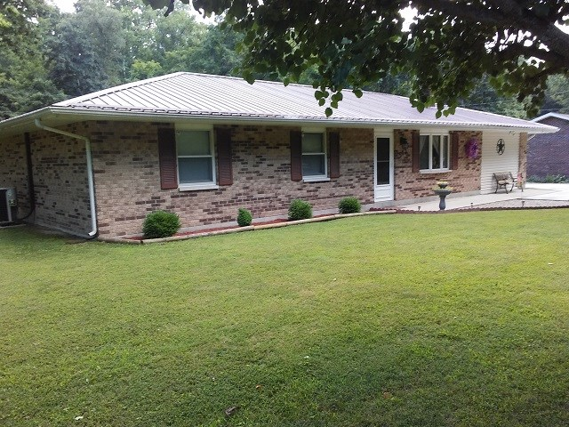 542 Thomas Hollow, Lucasville, OH 45648