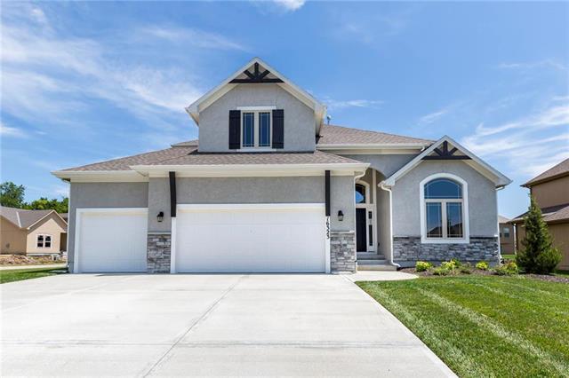 16323 S Laurelwood Street, Olathe, KS 66062