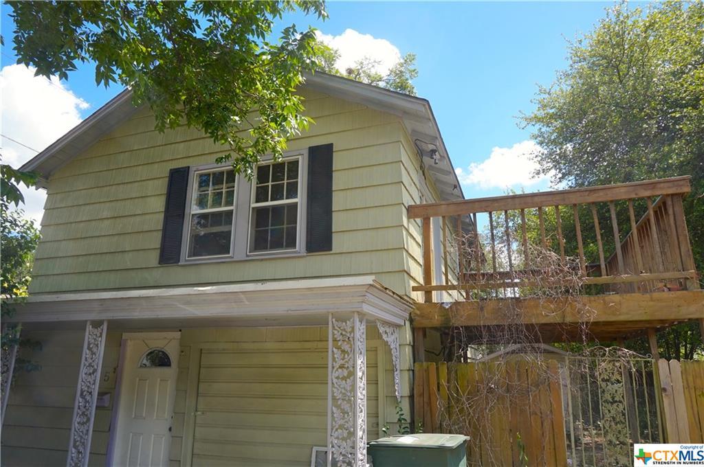 215 W MUNROE Avenue, Temple, TX 76501