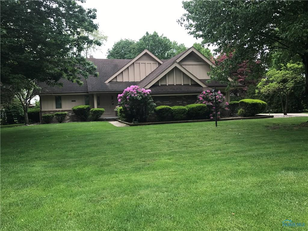 100 Eagle Point Drive, Rossford, OH 43460