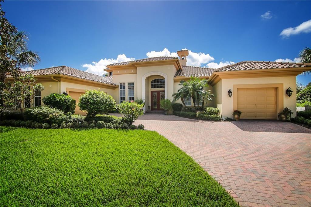 213 SW Palm Cove Drive, Palm City, FL 34990