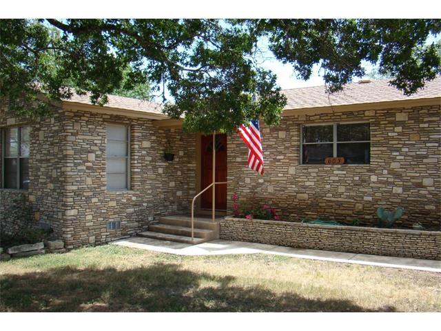 603 W Cypress St, Johnson City, TX 78636
