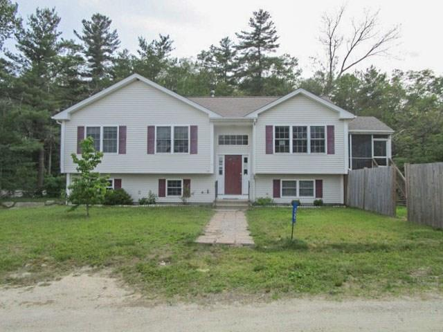 12 Airy Acres DR, Glocester, RI 02814