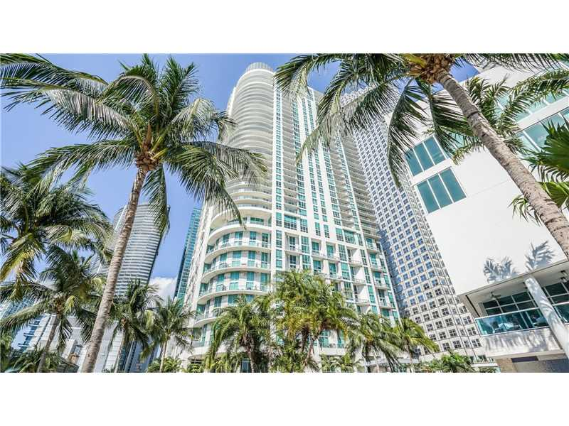 300 S Biscayne Blvd L-602, Miami, FL 33131