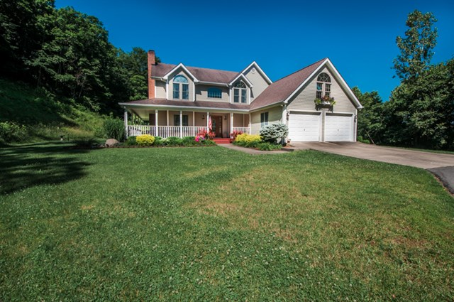 1327 Timberlake Dr., Portsmouth, OH 45662