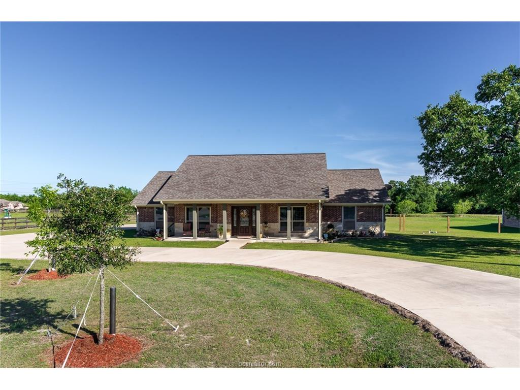 4210 Golden Eagle Drive, Bryan, TX 77808