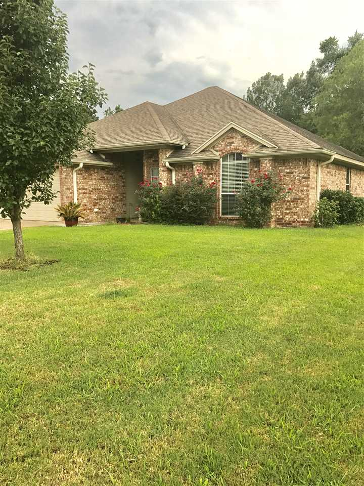 This beautiful home is in the Tealwood subdivision, located near Hallsville ISD schools. This  home is perfect for a growing family it has a split floor plan with an open kitchen with a great living area with lots of storage space. This home is a must see, don't miss it. Call to schedule a showing today! 903-238-1052