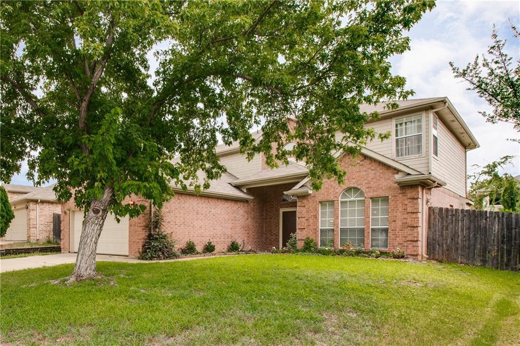 4445 Champion Hill Drive, Grand Prairie, TX 75052