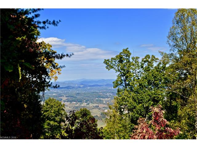 102-104 Cave Summit, Leicester, NC 28748