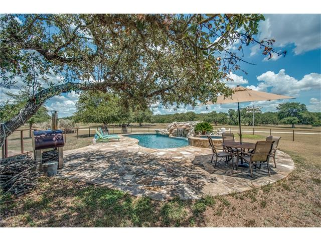 241 River Oaks Rd, Blanco, TX 78606