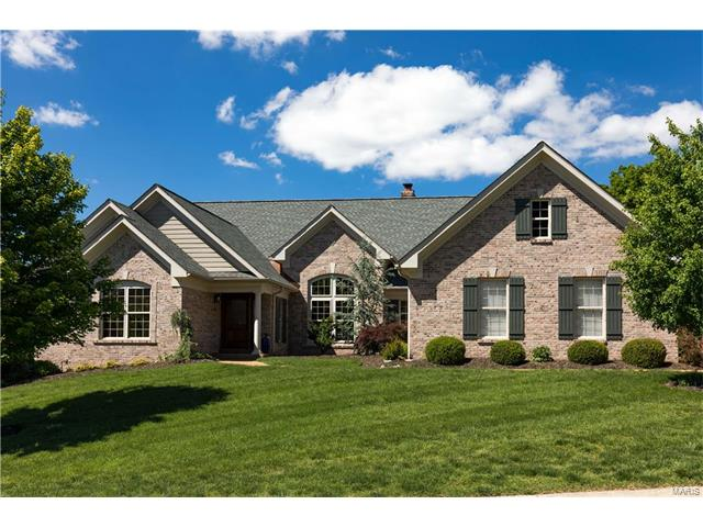 575 Deer Valley Court, St Albans, MO 63073