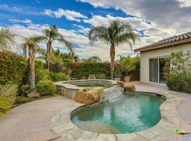 932 Tierra Lane, Palm Springs, CA 92262