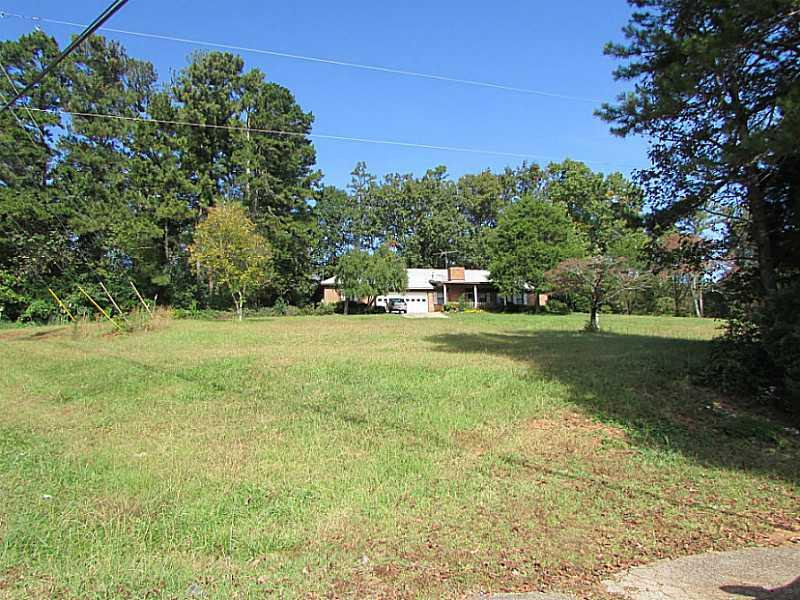 628 SW Cole Drive, Lilburn, GA 30047