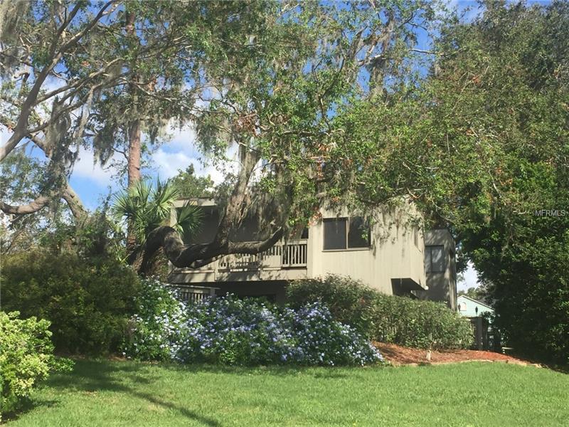 909 LAKE OTIS DR N., WINTER HAVEN, FL 33880