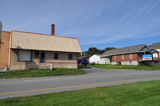 1308 PLEASANT VALLEY BLVD, Altoona, PA 16602