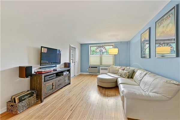255 Fieldston Ter 3-C, Bronx, NY 10471
