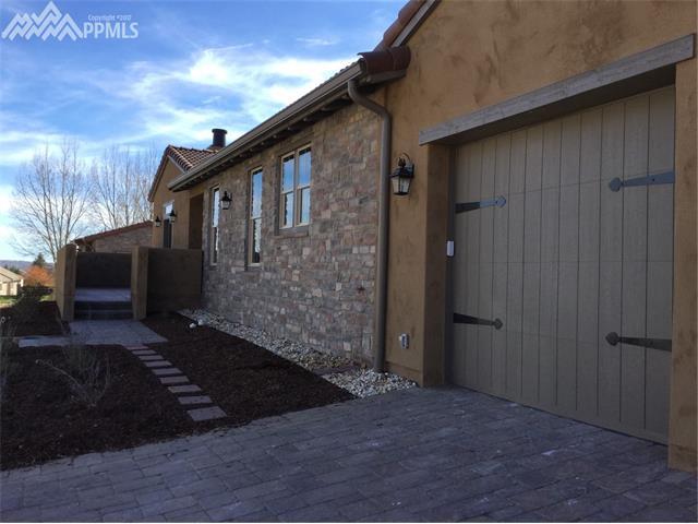 1813 La Bellezza Grove, Colorado Springs, CO 80919