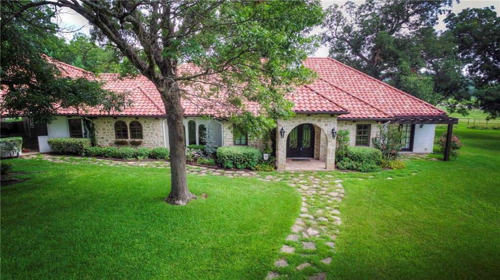 390 McDAvid Terrace Drive, Aledo, TX 76008