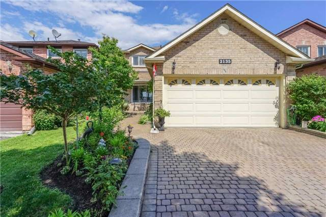 2135 Theoden Crt, Pickering, ON L1X 1Z9