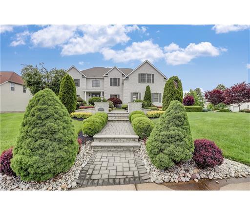 2 Nicholas Avenue, Monroe Township, NJ 08831