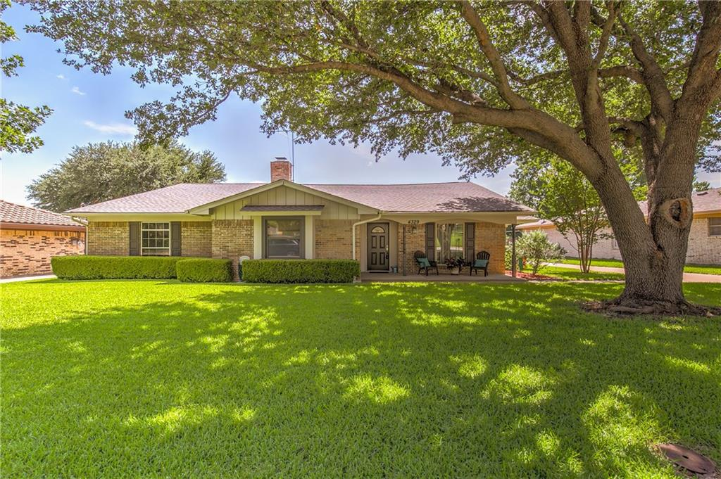 4329 Cartagena Drive, Fort Worth, TX 76133