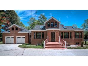 101 Ridge Road, Valley Cottage, NY 10989