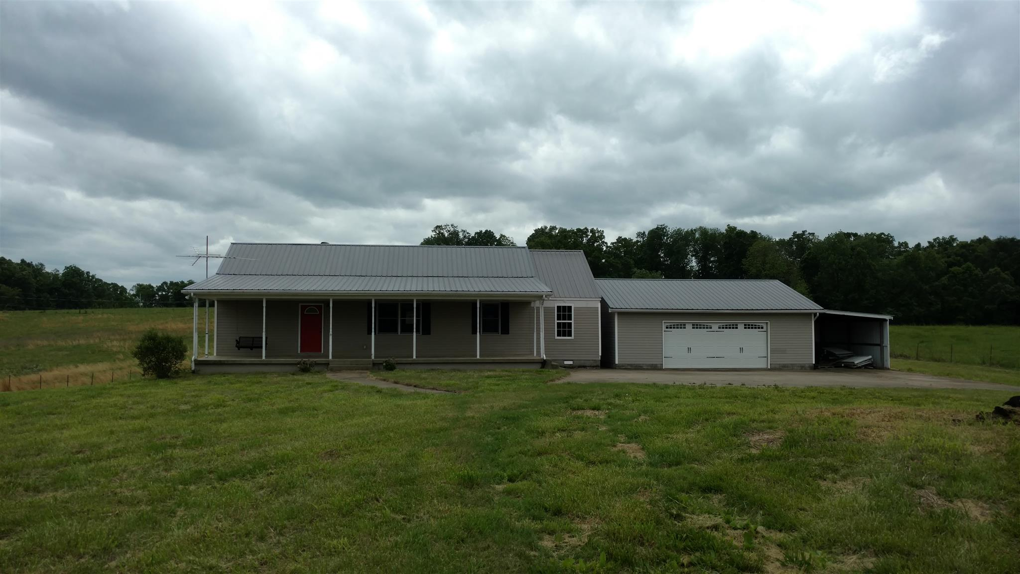 2050 Puckett Rd, Cumberland Furnace, TN 37051