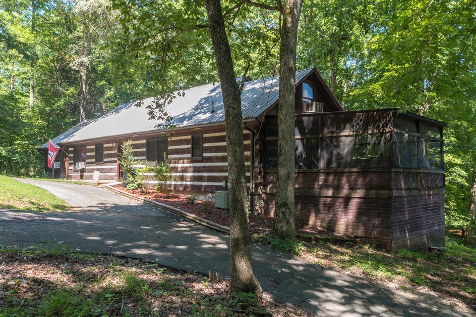 4980 Louise Creek Rd, Cunningham, TN 37052