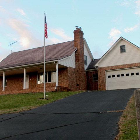 495 Sugar Hollow Road, Butler, TN 37640