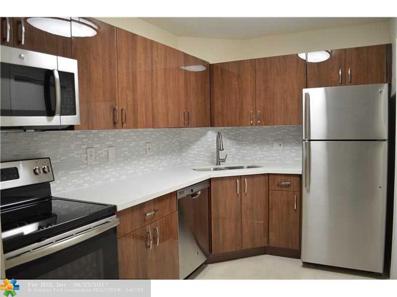351 NE 19th Pl 209K, Wilton Manors, FL 33305