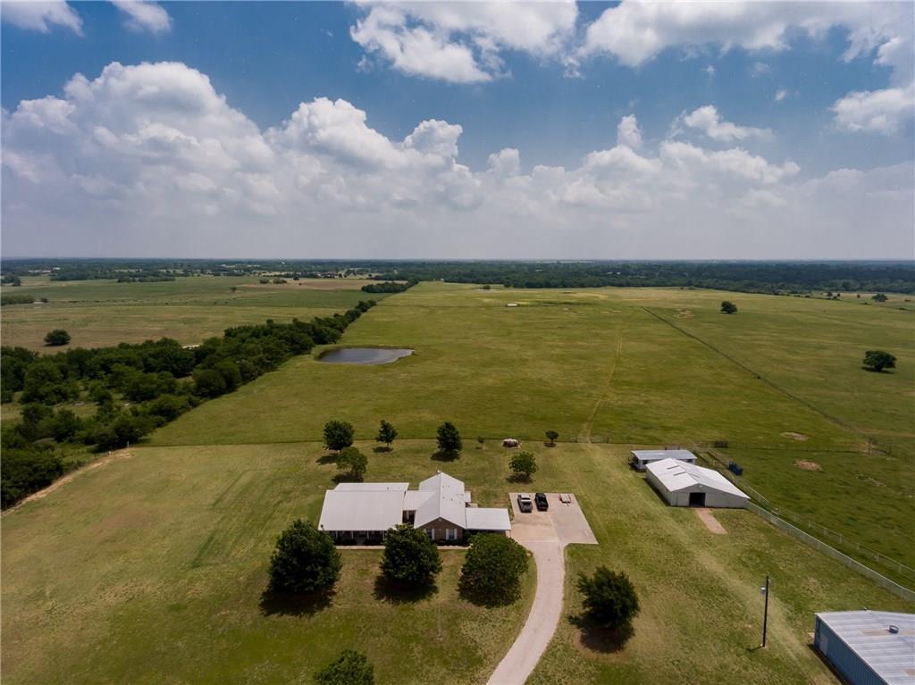 5407 County Road 1042, Celeste, TX 75423